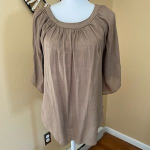 Body Central Batwing Sleeve Top Size Small